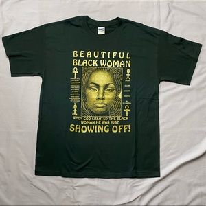 Beautiful Black Woman Showing Off! Graphic Tee